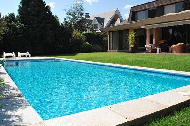 construccion-de-piscinas-particulares-splash-3